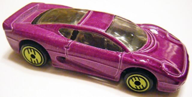 File:XJ220 - 93 Rev Purple YUH.JPG