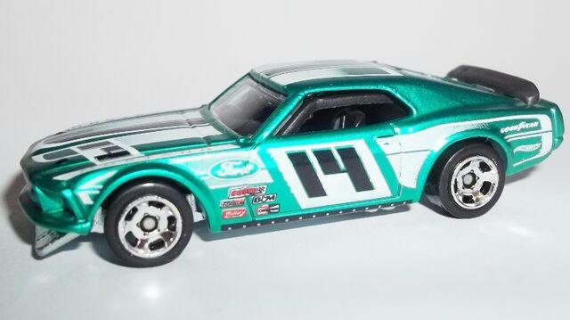 File:HW-2014-Cool Classics--21-'69 Mustang Boss 302.jpg