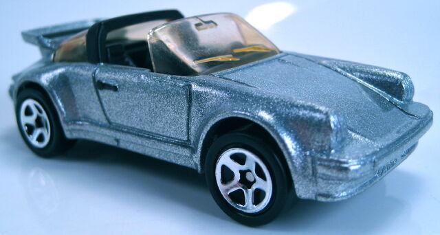 File:Porsche 911 Targa silver 1997.JPG