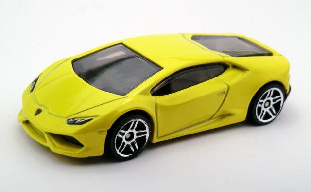 File:Lamborghini Huracán LP 610-4-2015 222.jpg