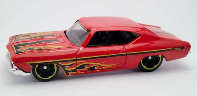 File:'69 Chevelle SS 396-2013 214 Red.jpg