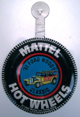 File:Collector button 31 Ford Woodie Classic HK.JPG