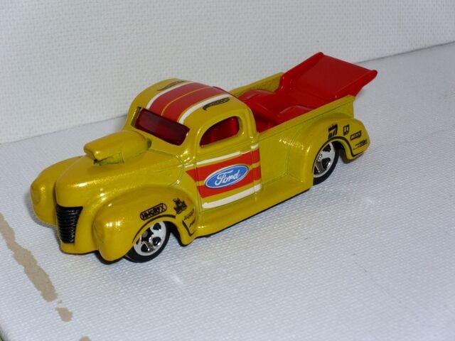 File:'40 Ford Pickup (800x600).jpg