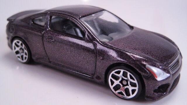 File:'10 Infinity G37 2013 mystery models series 2.JPG