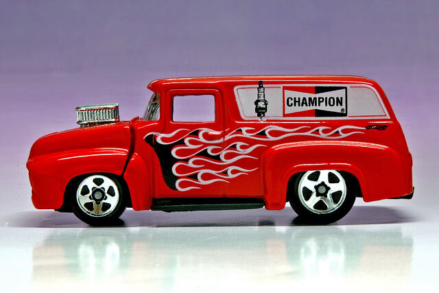 File:'56 Ford Champion - 4626ef.jpg
