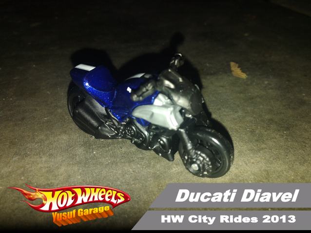 File:Ducati Diavel 2013.png