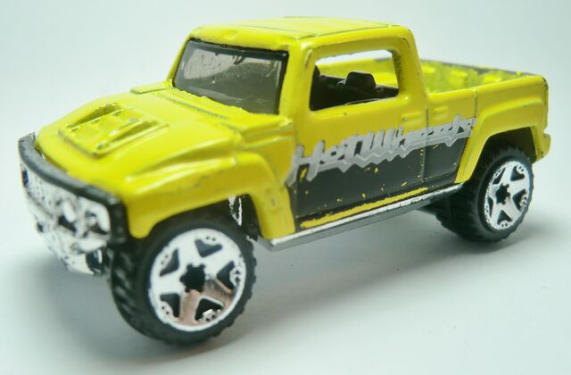 File:Hummer H3T Concept 173 2006 Yellow .JPG