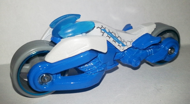 File:HW-2014-85-Max Steel Motorcycle-Tooned I..jpg