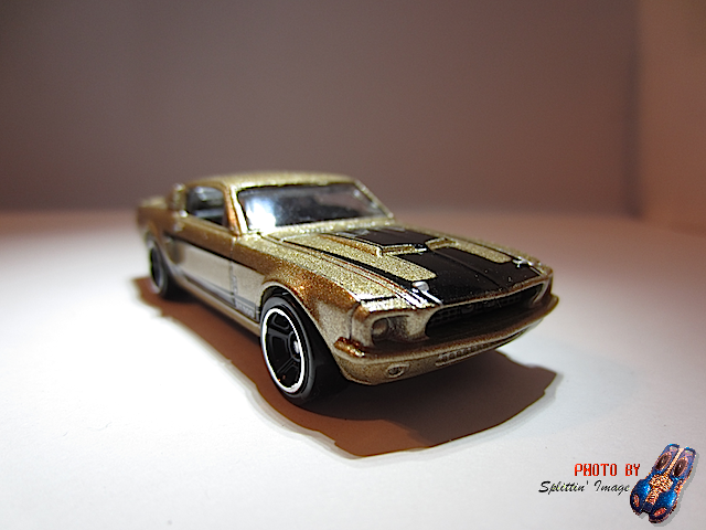 File:Gold65ShelbyGt5001.png