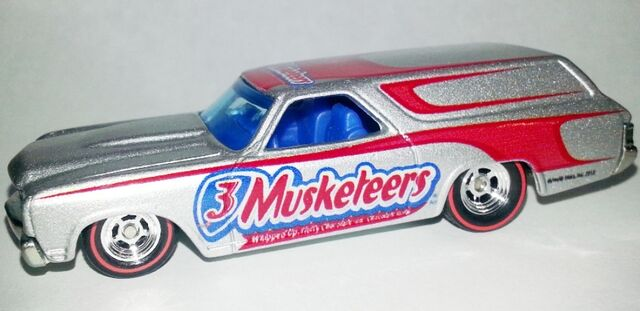 File:2013-Mars-'70 Chevelle Delivery-3 Musketeers..jpg