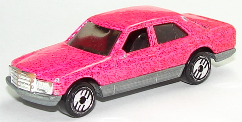 File:Mercedes 380 Pnk.JPG