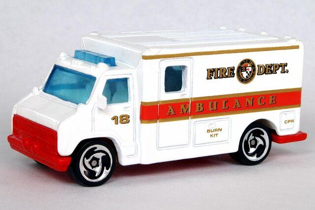 File:5-Pack Ambulance - 6463df.jpg