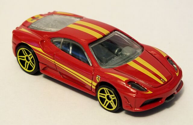 File:2012 Ferrari 430 Scuderia.jpg