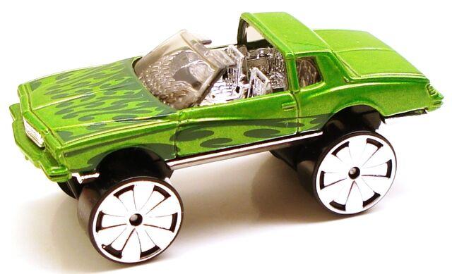 File:Montezooma green.JPG