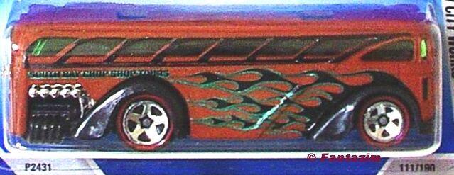 File:Sufrin School bus red line.jpg