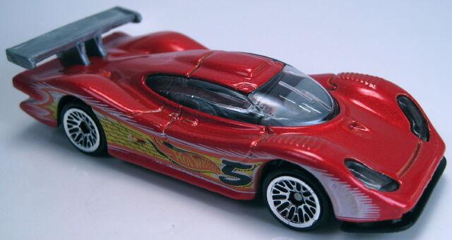 File:Porsche 911 gt1 98 orange 2002 mainline.JPG