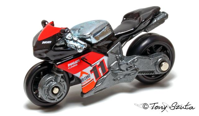 File:Ducati 1098r black.png