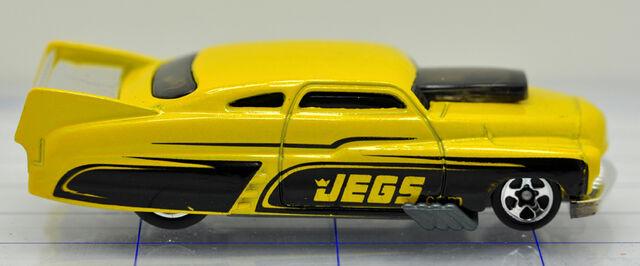 File:49-mercury-drag car-jegs-hw (2).jpg
