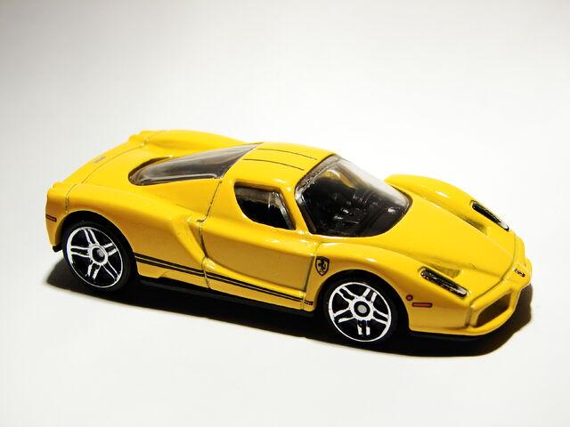 File:Ferrari Enzo 09.jpg