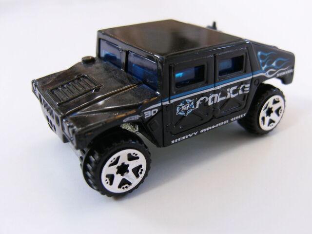 File:Hummer Black Police.jpg