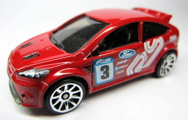 File:2012-'09 Ford Focus RS-RED-1.jpg