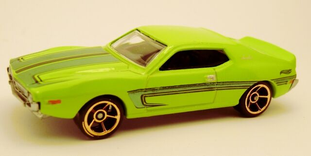 File:AMC Javelin AMX-2013 3-Pack.jpg