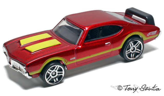 File:Olds 442 red 2010.png