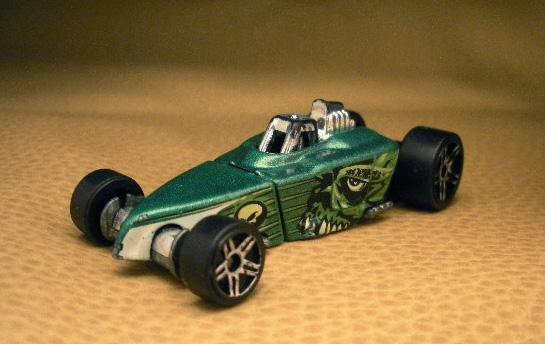 File:Tire-fryer-green-OH.jpg