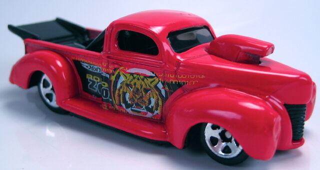File:'40 ford robo zoo red malaysia base.JPG