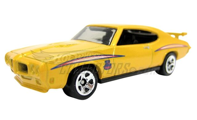 File:70 Pontiac GTO Judge 2011 yellow.jpg