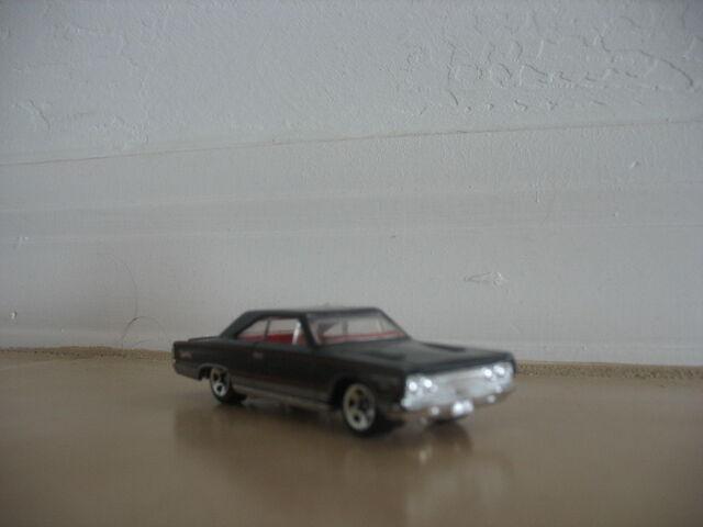 File:CAR STUFF 2 001.jpg