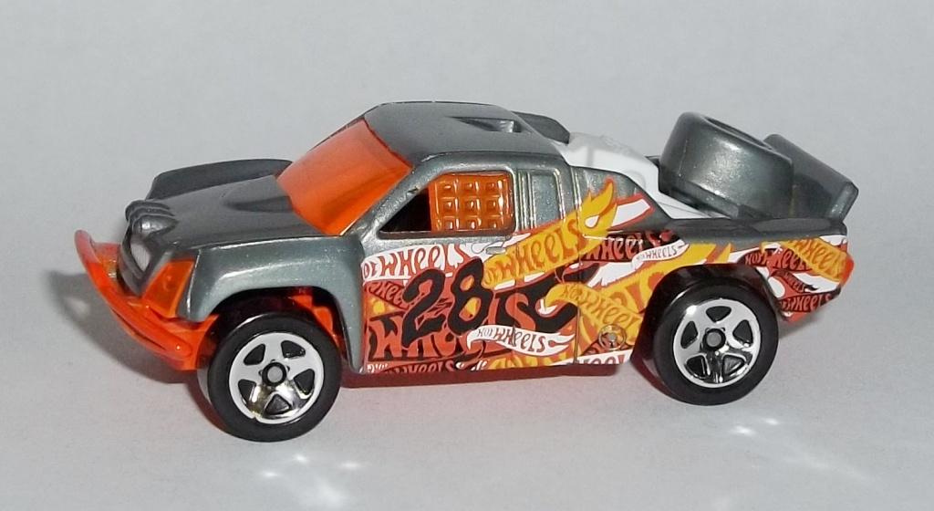 Image - HW-Trackin' Trucks Bonus Car-Off Track-Orange.jpg | Hot ...