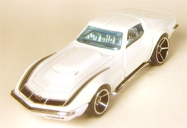 File:2006 007 69 corvette first edition white oh5.JPG