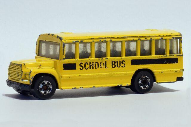 File:Hot Wheels School Bus - 01453df.jpg
