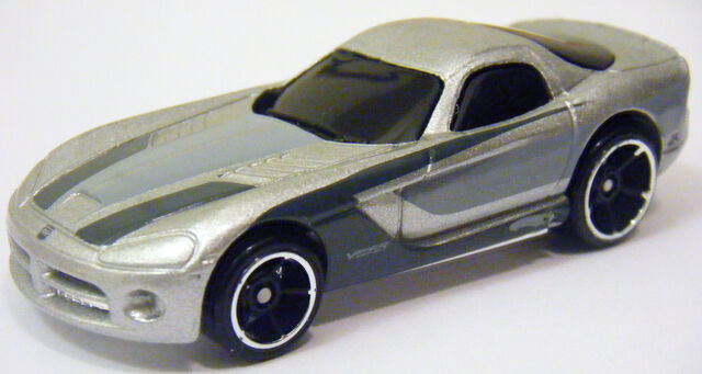 File:06 Viper - 09 Dream Garage Silver.JPG