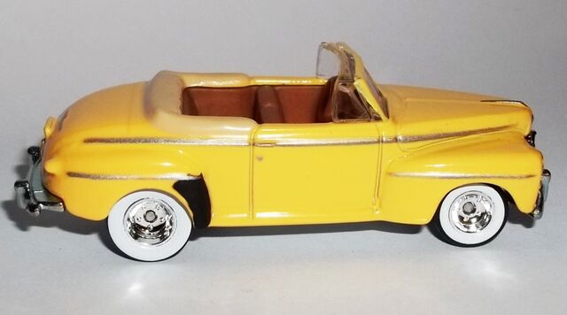 File:'48 Ford Super De Luxe (R side).JPG