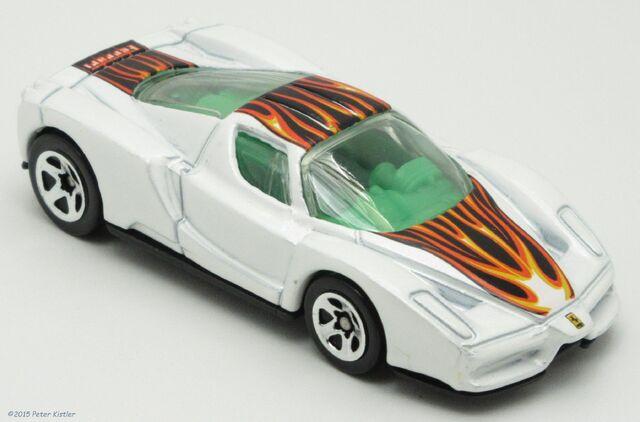 File:Enzo Ferrari-22255.jpg