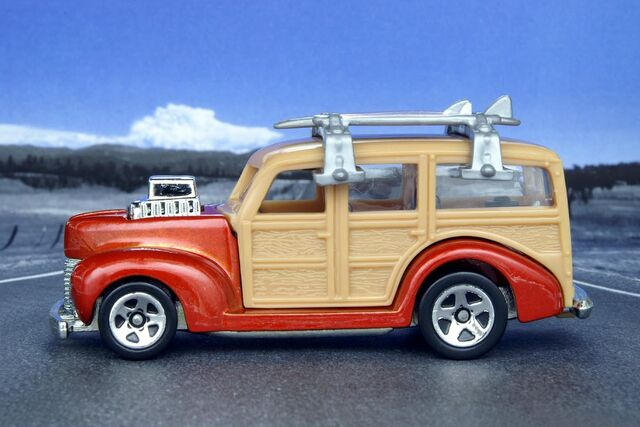 File:Team Surf's Up '40's Woodie - 7494cf.jpg