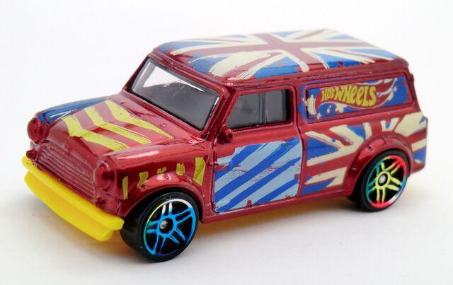 File:'67 Austin Mini Van-2015 027.jpg