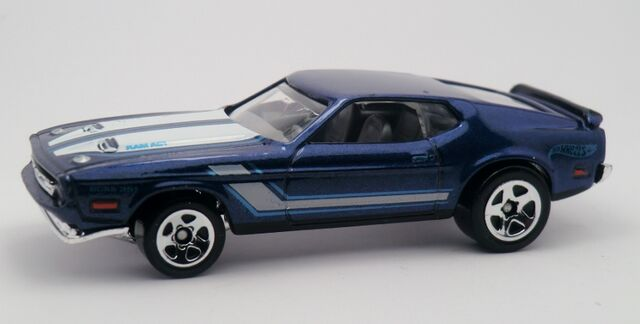 File:'71 Mustang Mach I-2013 224.jpg