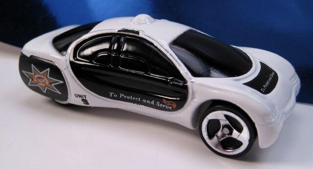 File:GM Ultralite Police Squad car.JPG