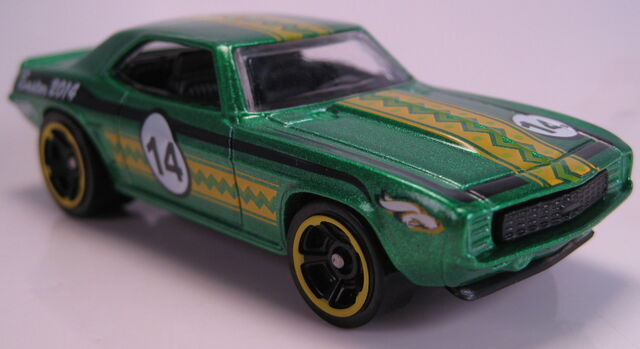 File:'69 Chevy Camaro green easter walmart 2014.JPG
