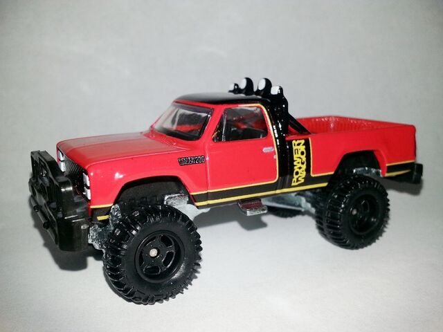 File:HW-Retro Entertainment-1980 Dodge Macho Power Wagon-Simon & Simon.jpg