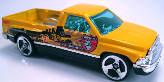 File:Dodge ram 1500 1995 yellow 3sp Thailand base 2002.JPG