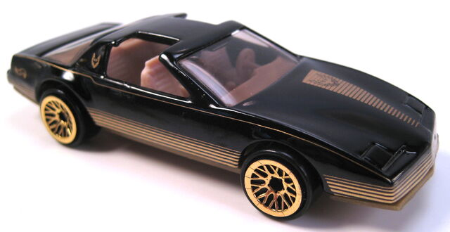 File:80s firebird black gold avon park n plates series 1998.JPG