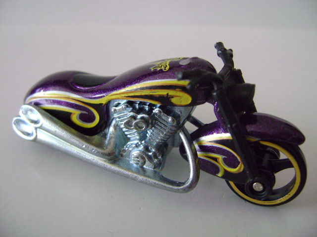 File:Scorchinscooter.purple.jpg