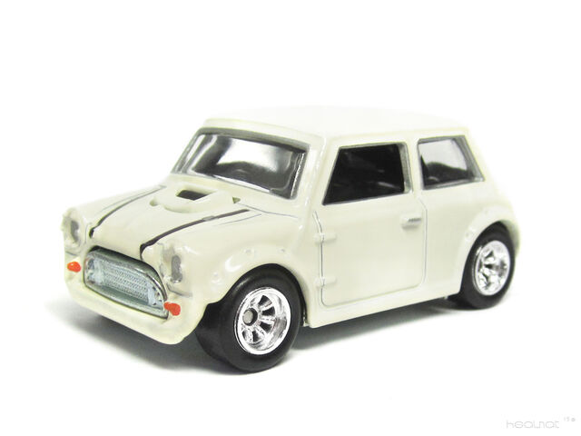 File:Hot Wheels 2013 Retro Entertainment Morris Mini.jpg