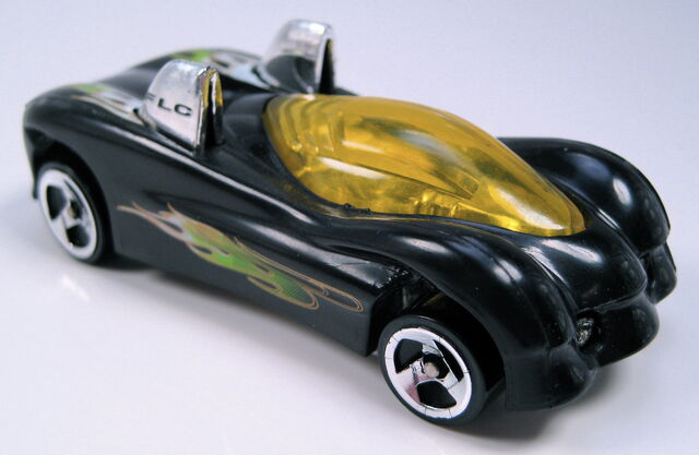 File:Power pipes black set car.JPG