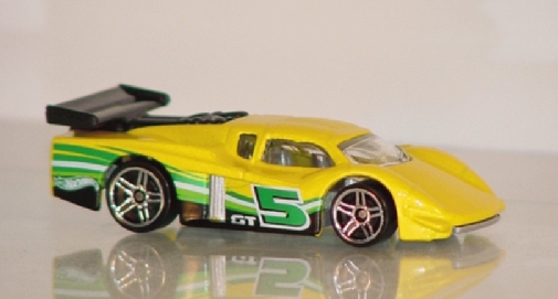 File:GT-Racer-Yellow-Green-5.jpg