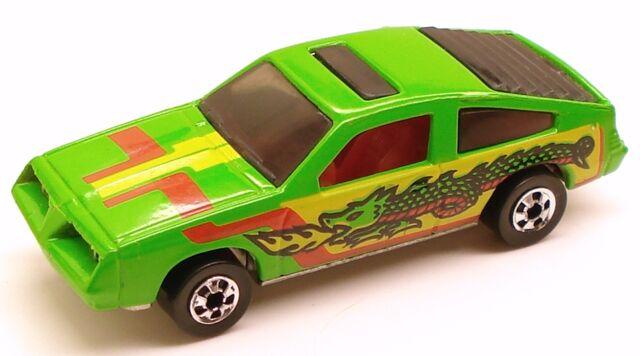 File:Pontiac J-2000 Dragon.jpg